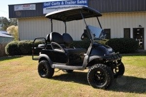 Blacked Out Club Car